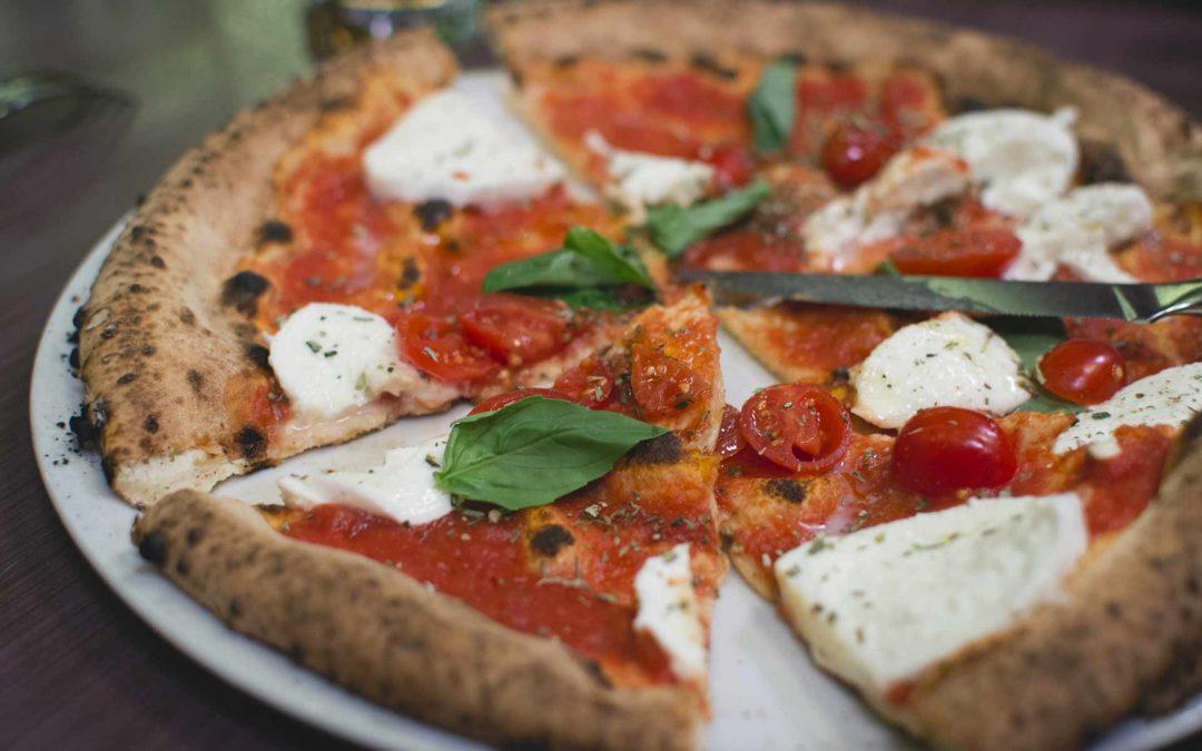 Pizza: il giro d'Italia in 8 impasti