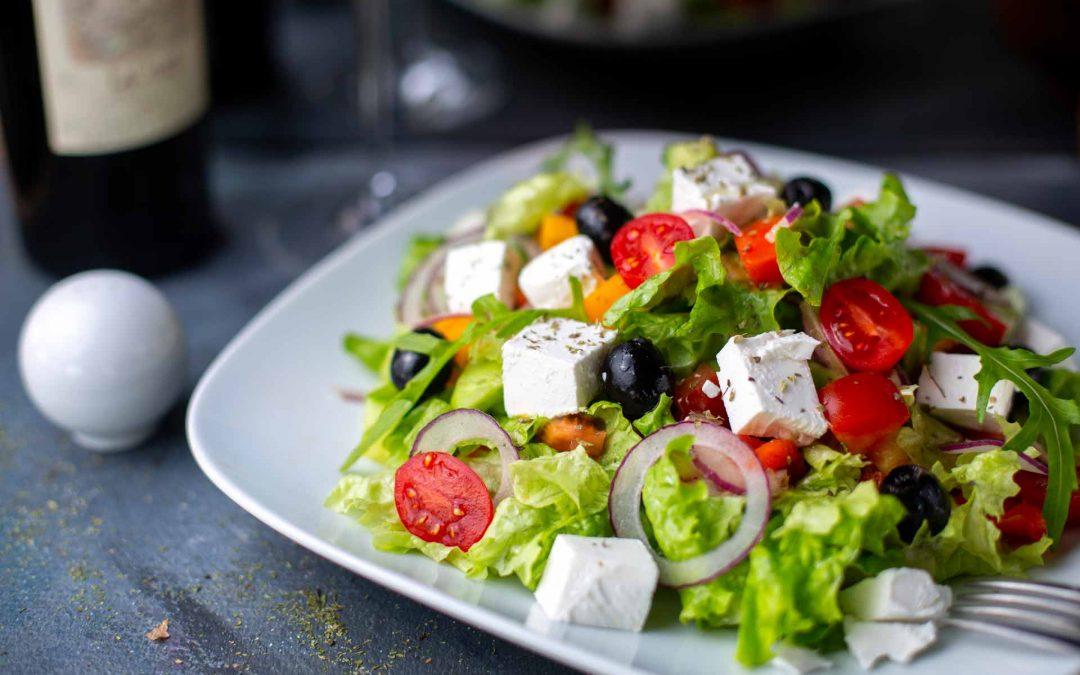 Cosa mangiare a pranzo dopo un weekend impegnativo? Ecco le insalate più gustose!